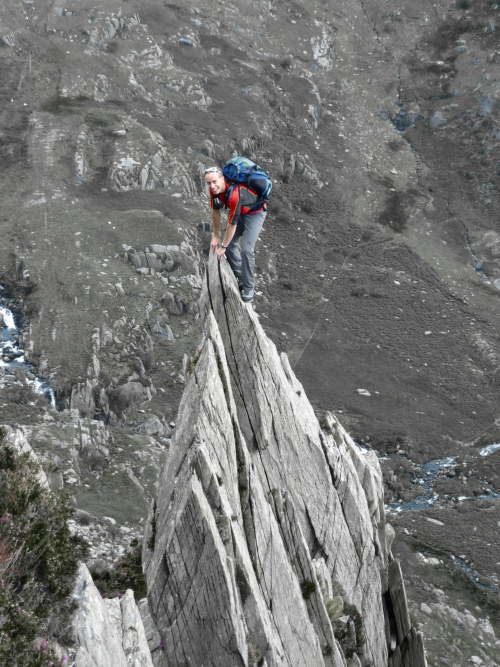 Scrambling on Penyrolewen