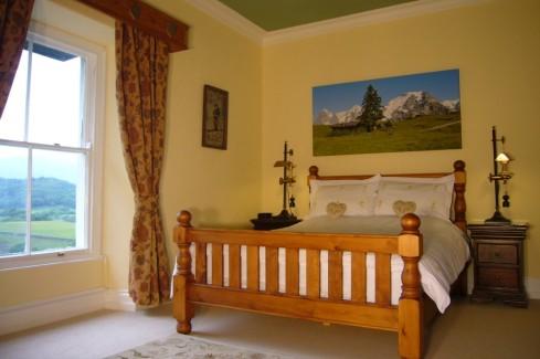 Alpine Hearts Room